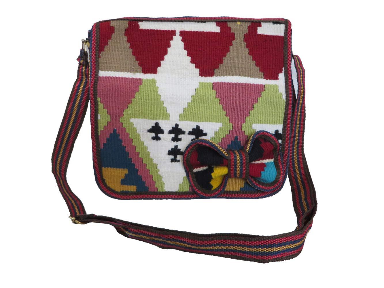 کیف سنتی زنانه مدل سوما