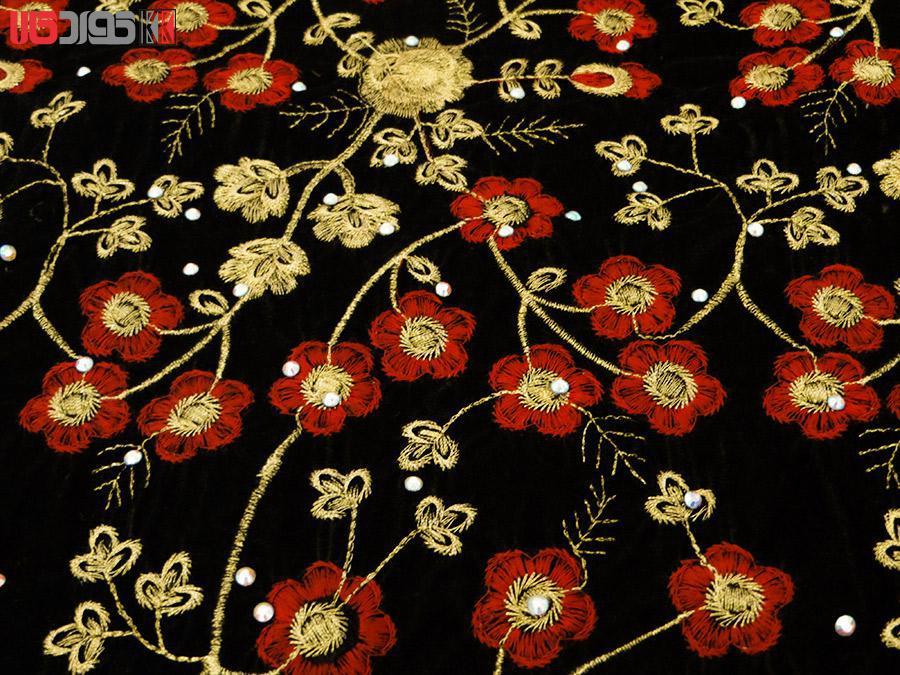 جلیقه زنانه سنتی کردستان طرح گلدوزی رنگ قرمز – طلایی