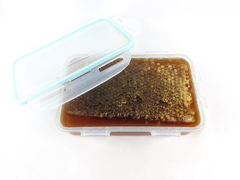 عسل طبیعی کردستان منطقه اورامان موم 1 کیلو