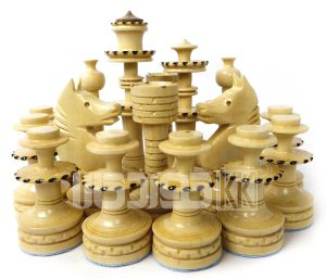 مهره شطرنج چوبی کلاه دار طرح زیویه