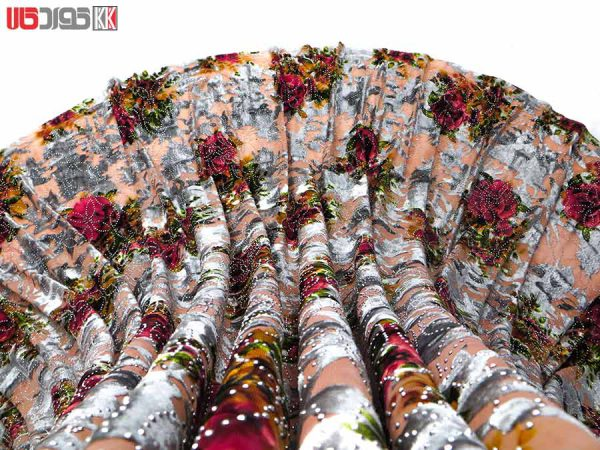 پارچه لباس زنانه مخمل کشی سنگ دار کالباسی 2.5 متری