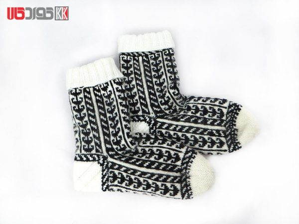 جوراب کاموایی زنانه دستبافت سنتی کد 119