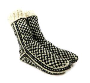 جوراب پشمی مردانه دستبافت سنتی کردستان سایز بزرگ کد 119