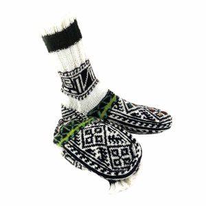 جوراب زنانه دست بافت کاموایی ساقدار کد201