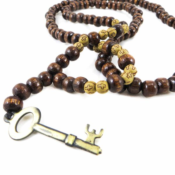 گردنبند کلید مدل بند مهره چوبی کد 104