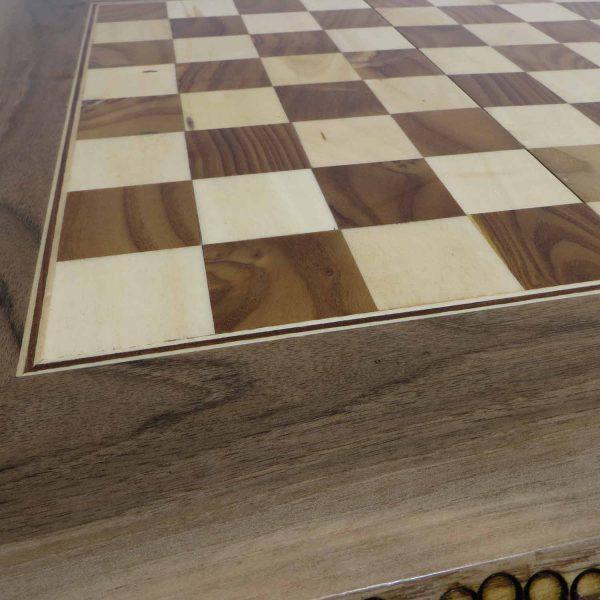 تخته نرد سنندج پشت صفحه شطرنج داخل  هشت پر کد 120