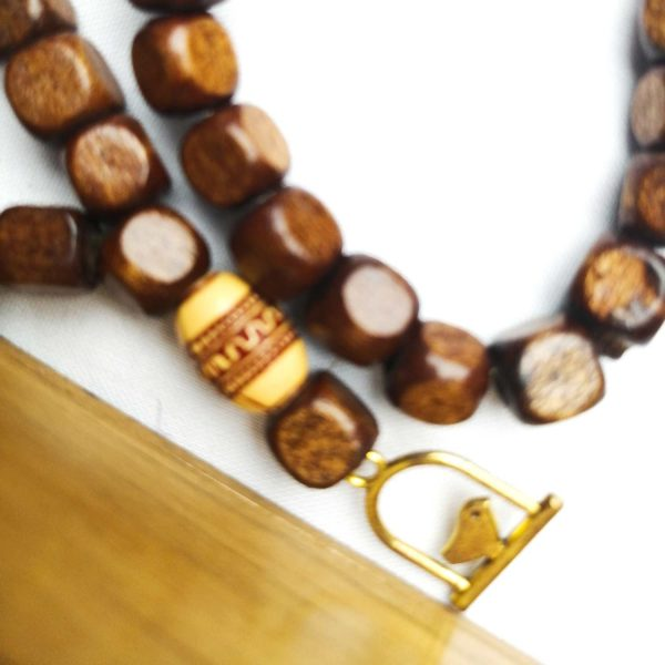 گردنبند چوبی طرح مرغ آمین کد 103